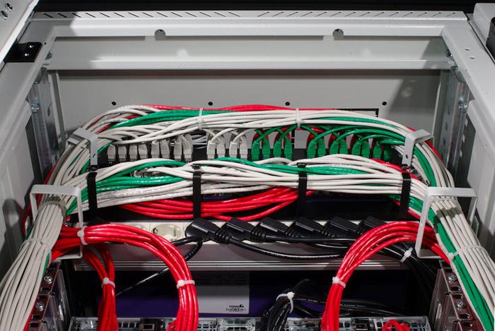 Основными компонентами магистральных кабелей являются