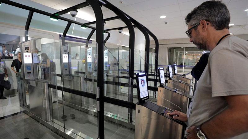 Автоматизированный пограничный контроль (АПК) с распознаванием лиц